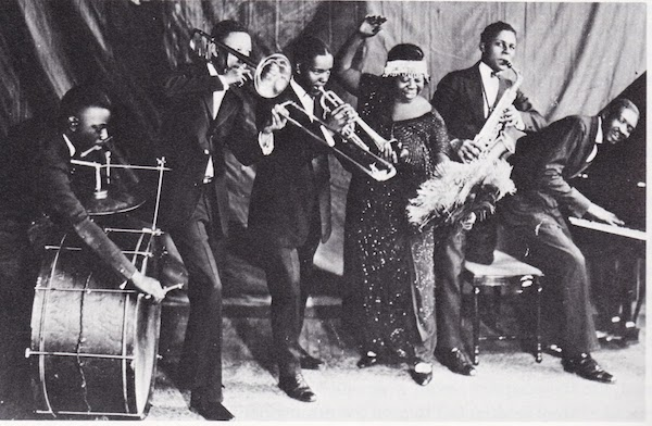 Ma Rainey with band